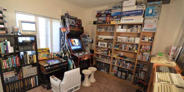 James matson 39 s awesome game room tour retro domination for Gamer zimmer deko